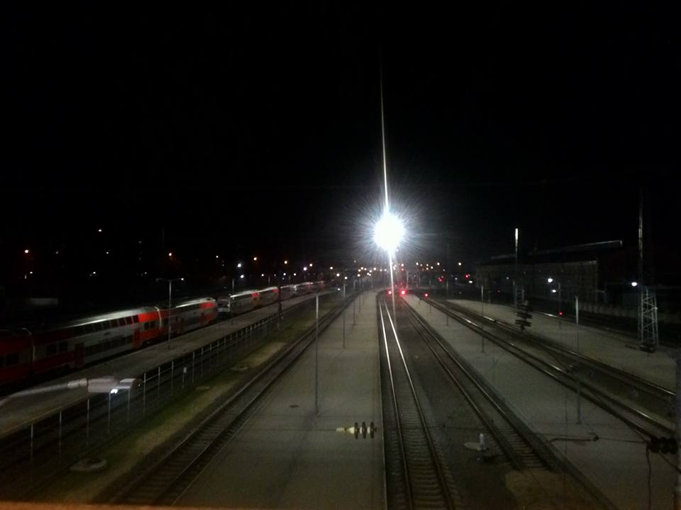 Pats mieliausias vaizdas vakare arba naktį - Vilniaus geležinkelio stotis